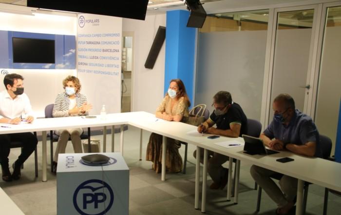 reunion sede del PP: el tema ha sido el futuro del ocio nocturno y las consecuencias de la criminalización que ha sufrido el sector en tiempos de COVID.